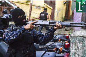 Maduro restringió el uso de armas a  policias durante el fin de año