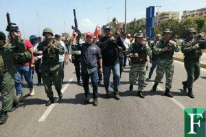 Gobernador y alcaldes de Sucre marcharon con armas de guerra por el Día de la Juventud