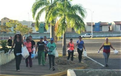 Exitoso primer  Plogging en Ciudad  Guayana por el mes de la mujer