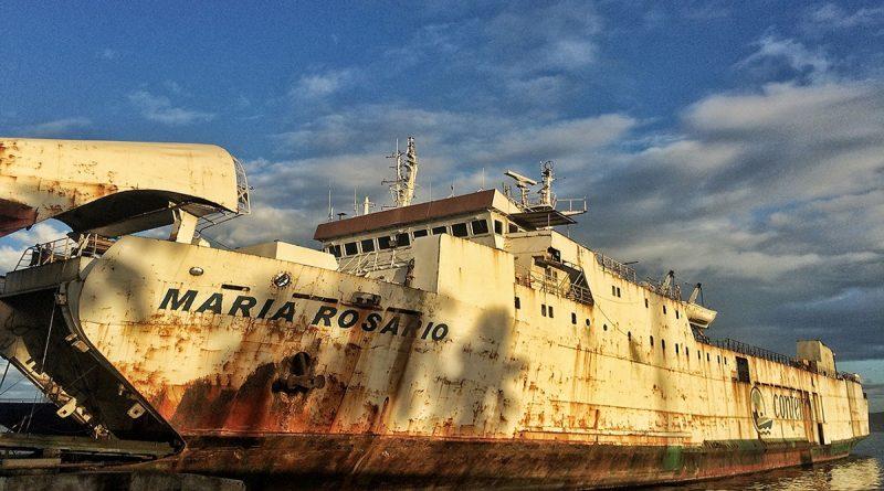 Se hunde el ferry María Rosario en Puerto La Cruz