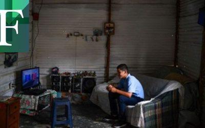 El «farmeo» en Venezuela permite a jóvenes ganar dólares jugando