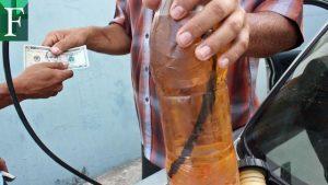 En junio dolarizarían precio de la gasolina en Venezuela
