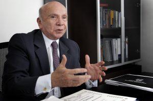 AMÉRICA LATINA: VAIVENES, LUCES Y SOMBRAS   Pedro Carmona Estanga