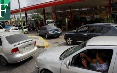 Maduro evalúa regularizar precio de la gasolina
