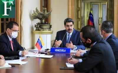 """Maduro tras la búsqueda de una """"nueva economía"""""""