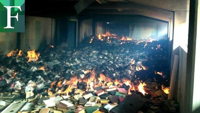 Queman biblioteca general de la Universidad de Oriente de Venezuela