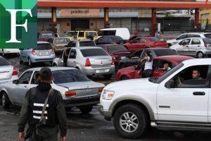 Hoy comienzan a regalar gasolina a unos y  cobrar super caro a otros