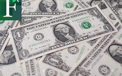 Con el precio del dólar oficial, el sueldo mínimo equivale a dólar y medio
