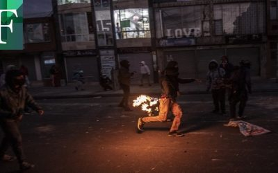 Diez fallecidos durante protestas en Colombia tras el asesinato a manos de la policía