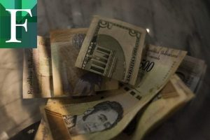 Dólar paralelo abre la jornada de este lunes al alza