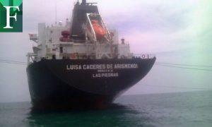 Buque Luisa Cáceres de Arismendi llegó a Carenero con gasolina para surtir a Caracas