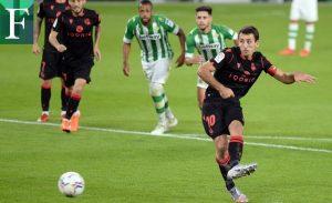 La Real Sociedad escala a la cima de LaLiga tras golear al Betis