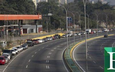 PDVSA, mafias del oro y GN mantienen sin gasolina a los conductores en Bolívar