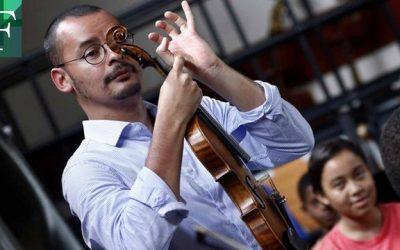 Ron Davis Álvarez, el maestro que hace soñar a niños refugiados
