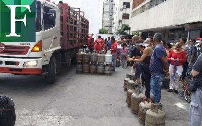 Venezolanos esperan hasta más de tres meses por suministro de gas doméstico