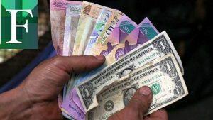 Academia de Economía dice que salario deja a trabajadores al cuidado de la caridad