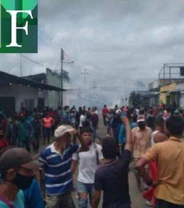 Habitantes de Guasipati y el Callao protestaron por negativa de comerciantes a recibir billetes de Bs. 50.000