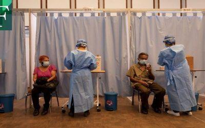 Venezolanos califican de discriminatorio el uso del carnet del régimen en plan de vacunación