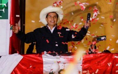 Pedro Castillo lidera las elecciones peruanas con 100% de las actas procesadas