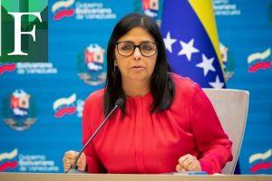 Delcy Rodríguez dice que pagaron a Covax, pero el banco «bloqueó» los recursos