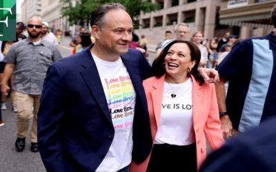 Kamala Harris apareció de sorpresa en marcha del orgullo LGBTQ+