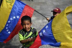 Políticos y ONG pidieron mejores condiciones de vida para los niños venezolanos