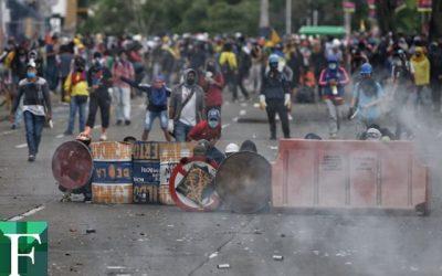 Al menos 22 detenidos y 21 policías heridos en protestas en Colombia