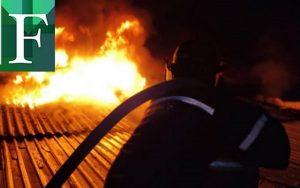 Voraz incendio en la Facultad de Ciencias Jurídicas y Políticas de la UCV