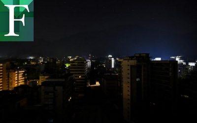 Apagón dejó sin luz varias localidades del país