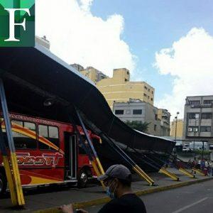 Colapso y derrumbe de andén del terminal de Nuevo Circo de Caracas